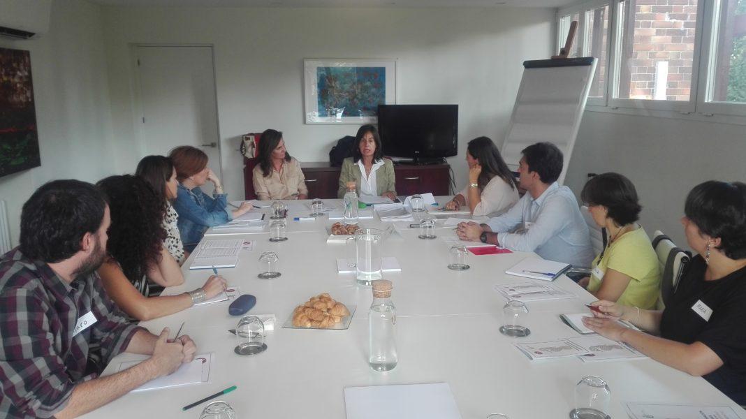 Reunión del equipo docente del Experto Universitario en Coordinador Parental