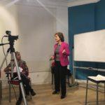Inmaculada durante le taller de mediación y comunicación